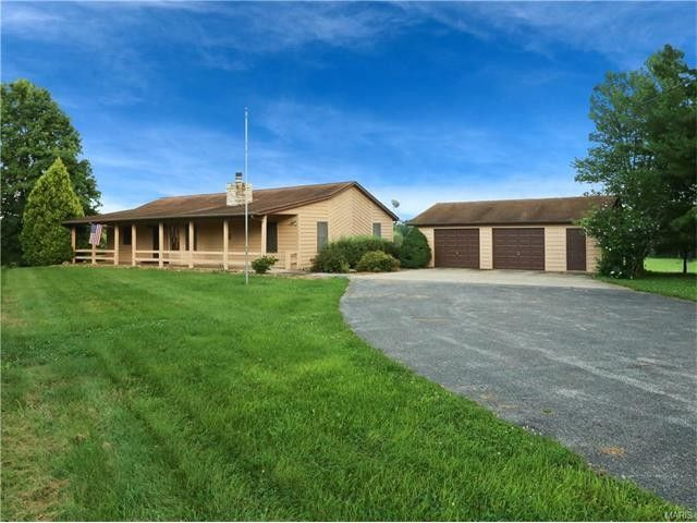 10660 hickory flat rd highland il 62249 home for sale for Hickory flat