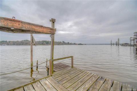 1416 Cross Lake Cir, Shreveport, LA 71109
