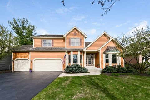 6332 Valley View Ln, Long Grove, IL 60047