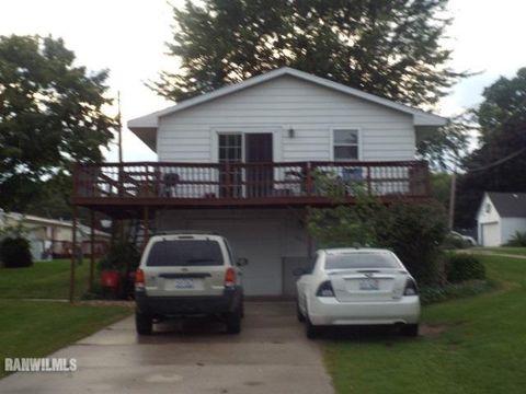 804 N Jefferson St, Mount Carroll, IL 61053