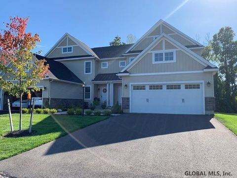Photo of 1 Justin St, Latham, NY 12110