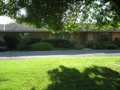 1750 S Chateau Fresno Ave, Fresno, CA 93706
