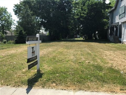 2528 Carrollton Ave, Indianapolis, IN 46205
