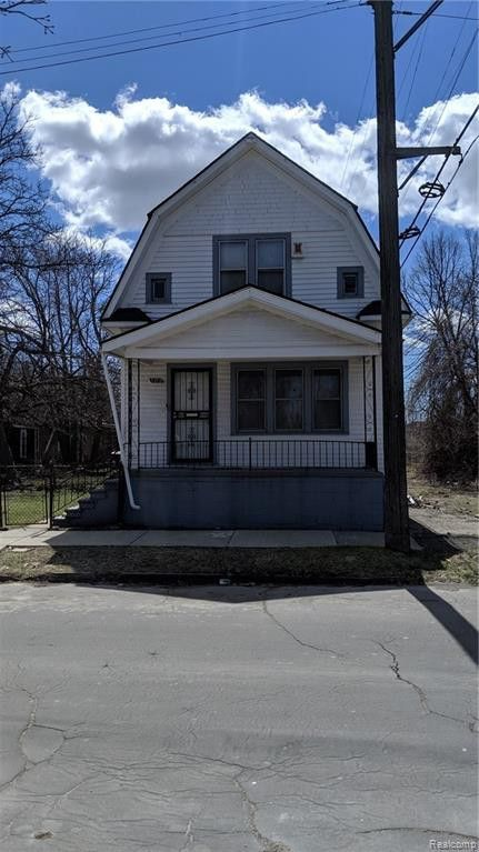 2419 Poplar St, Detroit, MI 48208