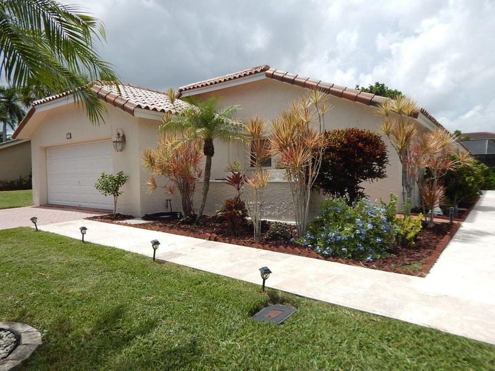 7277 Arcadia Ct, Boca Raton, FL 33433