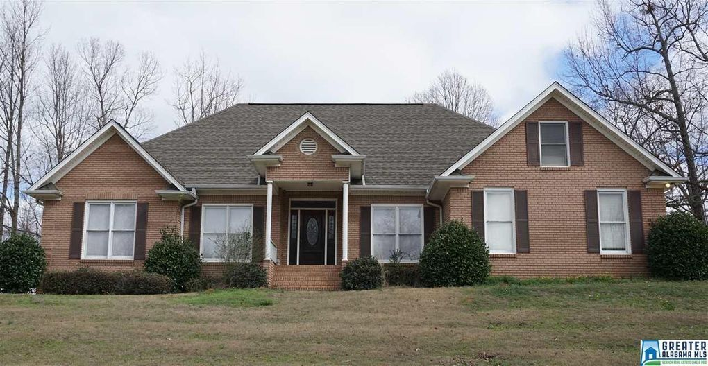 5821 Country Meadow Dr, Gardendale, AL 35071
