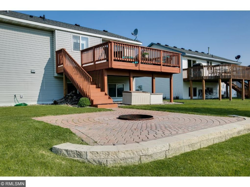 1072 meadow st cologne mn 55322