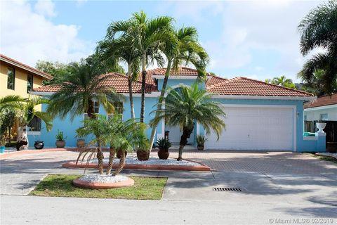 9843 Sw 161st Ave, Miami, FL 33196