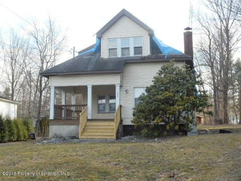 142 Franklin Ave, Greenfield Township, PA 18407