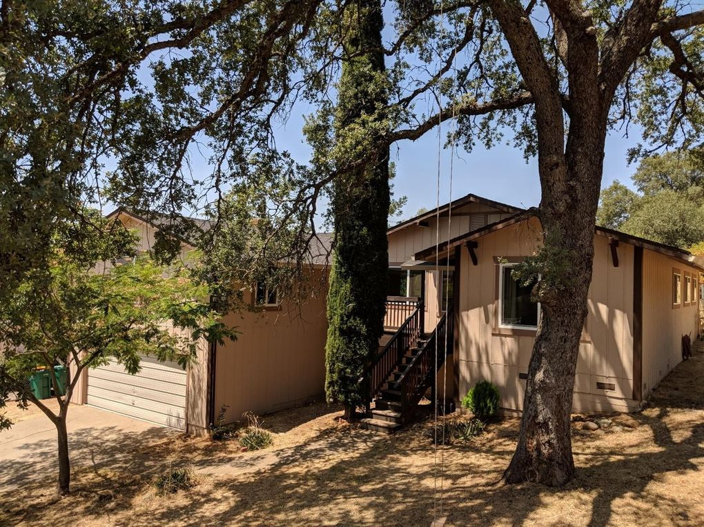 4417 Shorthorn Rd, Rescue, CA 95672
