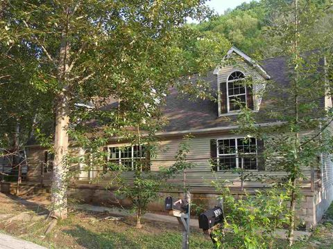 Photo of 382 Lambert Hollow Rd, Clearfield, KY 40313