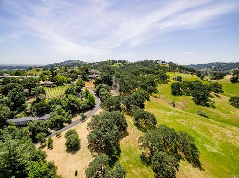 179 Wykoff Dr, Vacaville, CA 95688