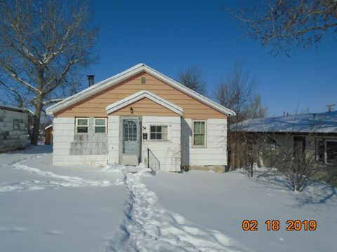 Photo of 34 9th Ave Se, Cut Bank, MT 59427