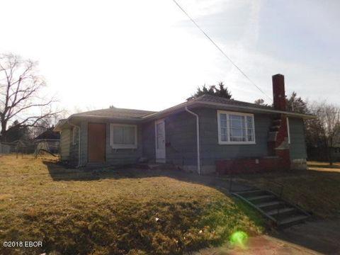 504 W Jones St, West Frankfort, IL 62896
