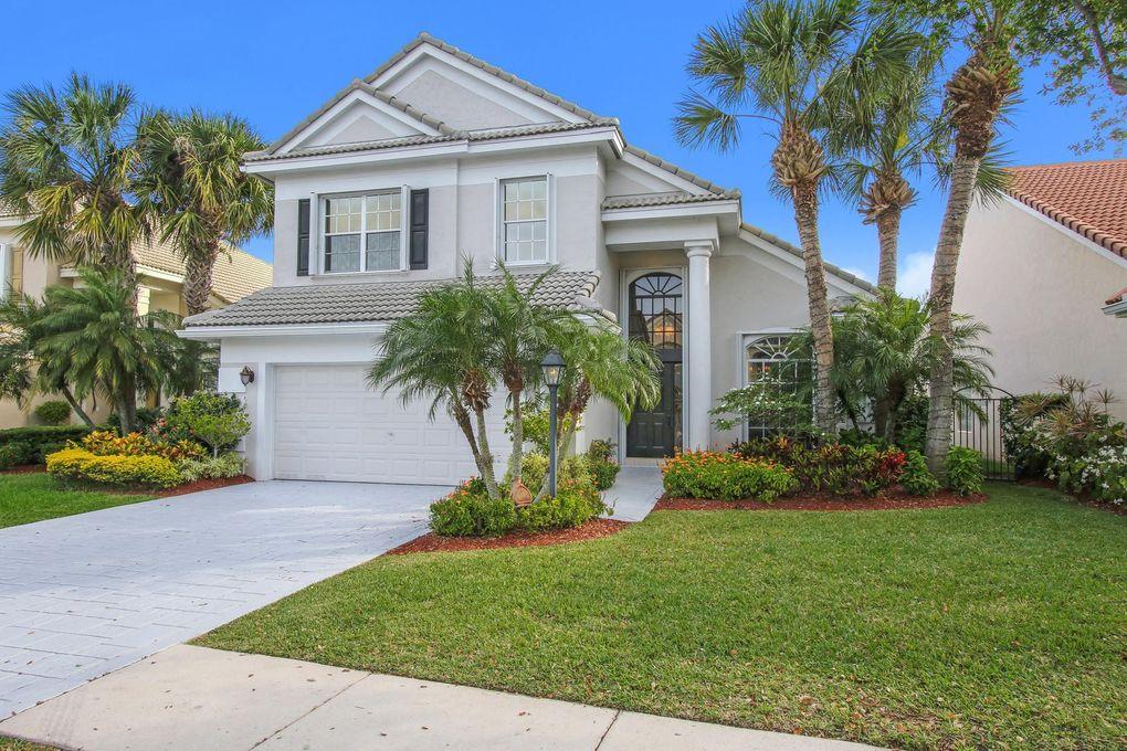83 Satinwood Ln, Palm Beach Gardens, FL 33410