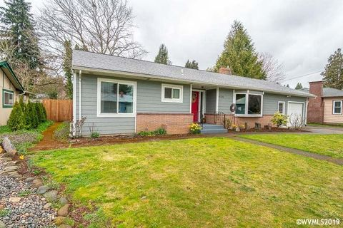 Photo of 4725 Elizabeth St N, Keizer, OR 97303