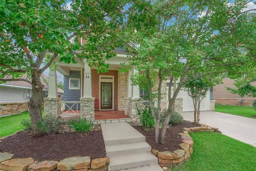 14 S Mews Wood Ct, The Woodlands, TX 77381