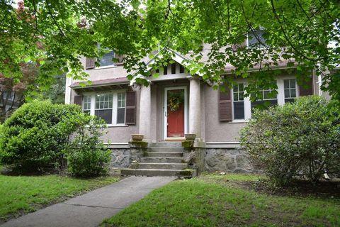 Arlington Heights Arlington Ma Real Estate Homes For Sale