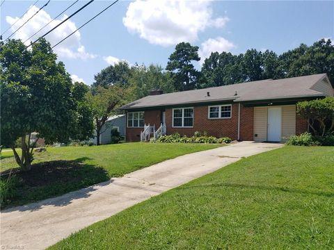 207 Ragsdale Rd, Jamestown, NC 27282