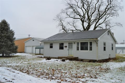 Photo of 207 S West St, Homer, IL 61849