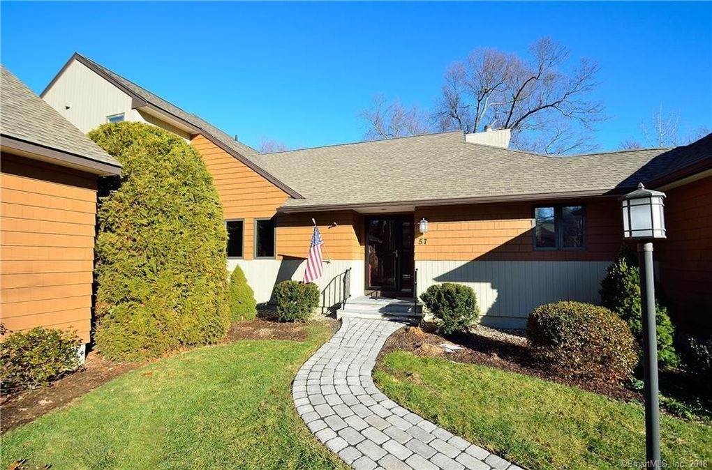 57 Bathcrescent Ln Bloomfield Ct 06002 Realtor Com 174
