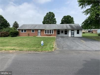 Photo of 6319 Chesterfield Ln, Mechanicsburg, PA 17050
