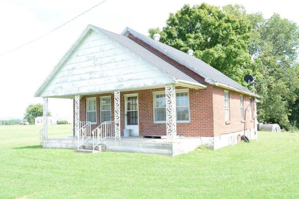 632 Hardys Chapel Rd, Livingston, TN 38570