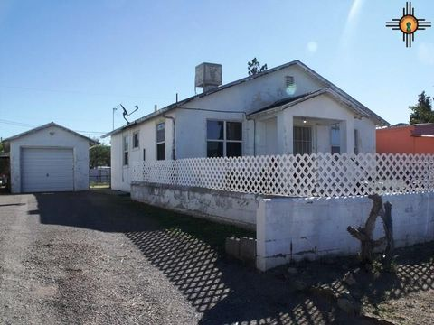 Photo of 605 N Silver St, Truth or Consequences, NM 87901