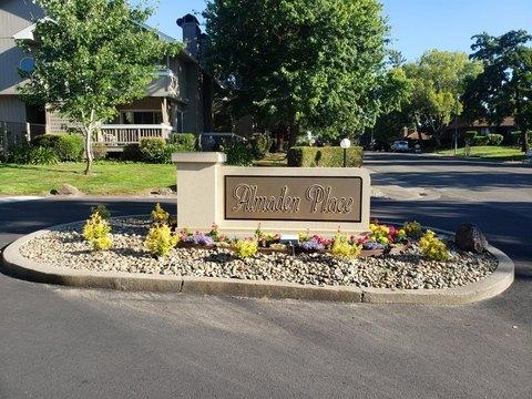 8072 Briar Ridge Ln, Citrus Heights, CA 95610
