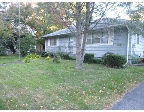 6 Atwood St, Leicester, MA 01611