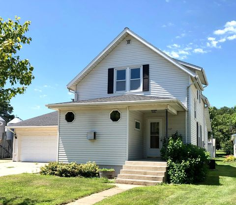 Photo of 112 Oconnell Ave S, Springfield, MN 56087