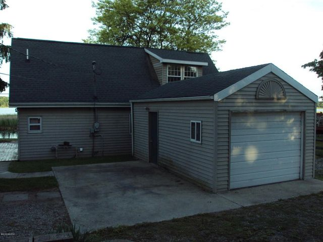 2440 ash wette dr hillsdale mi 49242 home for sale and real estate listing