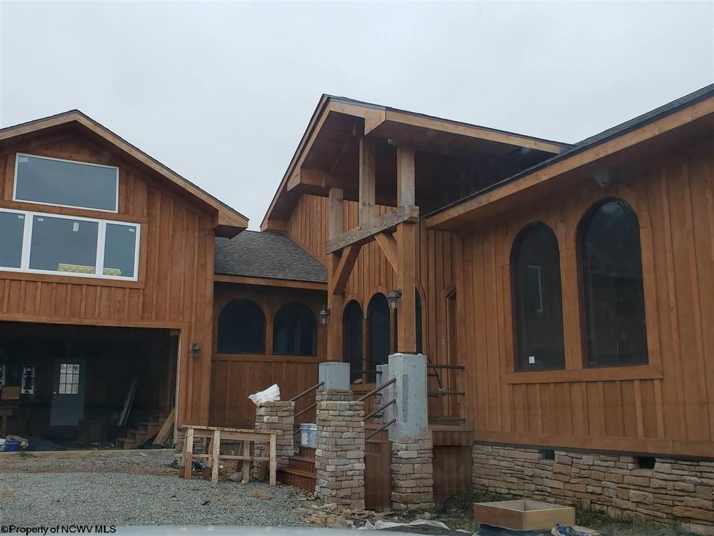 88 Mountain Ret Meadows Phase Iii Dr Lot 14 Horner, WV 26372