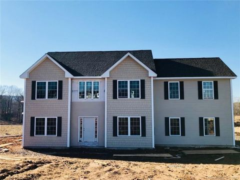 Photo of 49 Wimler Ln, Guilford, CT 06437