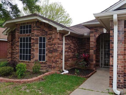 Photo of 322 Breeze Park Dr, Houston, TX 77015