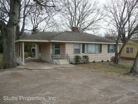 Photo of 1908 N Wood Ave, Florence, AL 35630