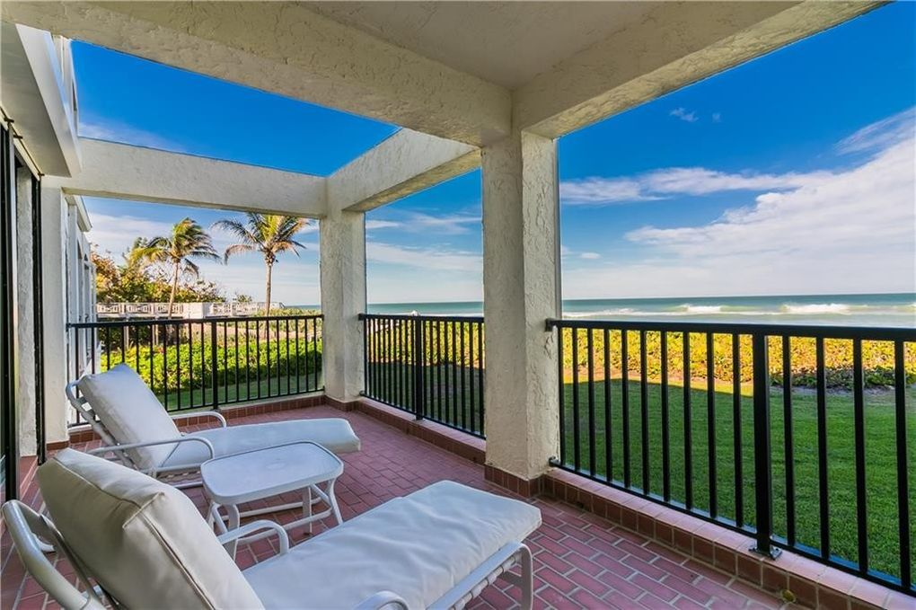 4751 Ne Ocean Blvd Apt 3, Jensen Beach, FL 34957