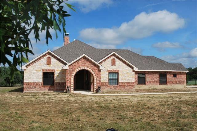 180 Carter Rd Springtown, TX 76082
