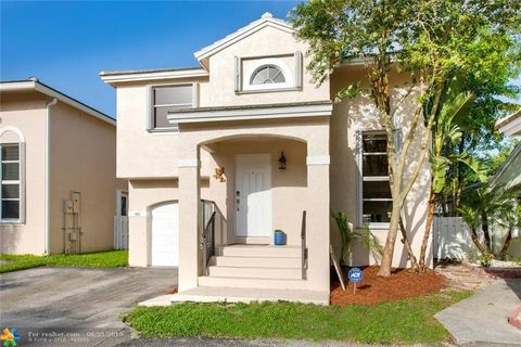 Photo of 9905 Nw 9th Ct, Plantation, FL 33324