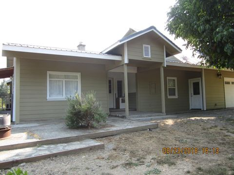 Photo of 357 Colony Rd, Myers Flat, CA 95554