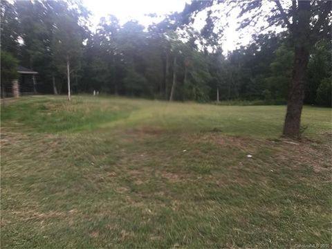 12230 Headquarters Farm Rd, Charlotte, NC 28262