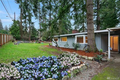 Photo of 4225 150th Ave Se, Bellevue, WA 98006