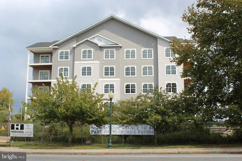 Photo of 601 Water St Apt 401, Seaford, DE 19973