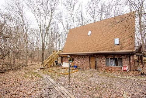 Photo of 2309 N Headley Rd, Bloomington, IN 47408