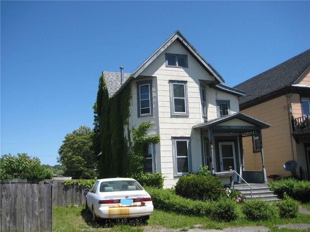 127 Ashworth Pl Syracuse, NY 13210