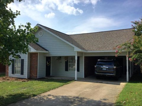 104 Clements Ave, Starkville, MS 39759