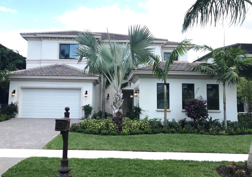 17806 Cadena Dr, Boca Raton, FL 33496