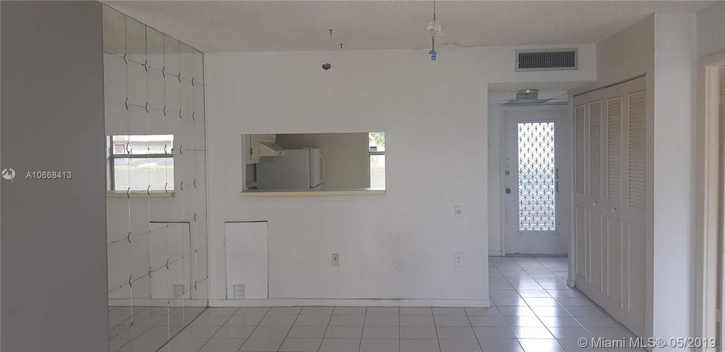 9360 Lime Bay Blvd Apt 109, Tamarac, FL 33321
