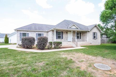 Photo of 1305 Ripken Ct, Murfreesboro, TN 37129