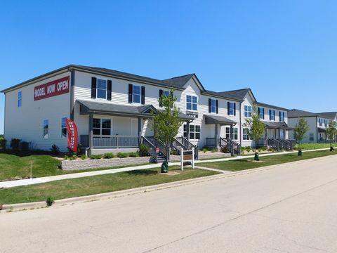 55 E Robinson Ave, Cortland, IL 60112